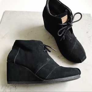Toms Lace-up Ankle Bootie Wedges Size 8